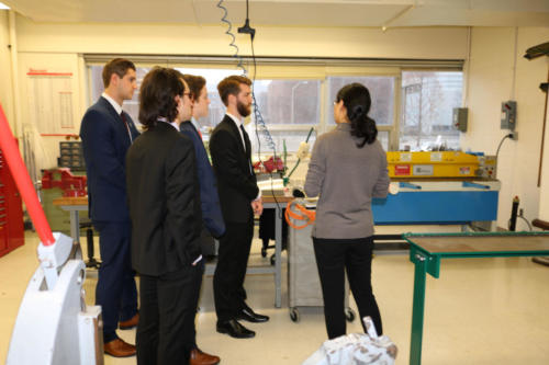 Mechanical Engineering Heat Transfer students receive instructions for competition